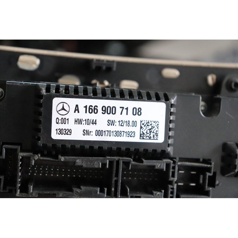 Panou comanda aer conditionat MERCEDES BENZ W166  A1669007108